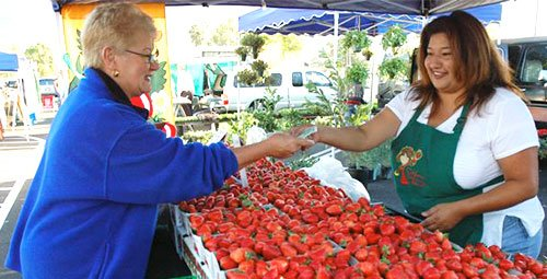 Many fruits and vegetables are available all year round at the Pasadena Certified Farmers' Markets in Pasadena, California