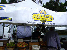 Cuyama Orchards at the Pasadena Farmers' Market in Victory Park